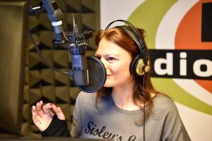 Valeria in radio!